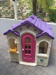 Lerado cubby house Beaumont Burnside Area Preview
