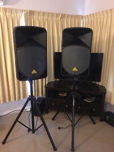 """Behringer 15"""" 1000watt PA system + stands + mixer + mic Brown Hill Ballarat City Preview"""