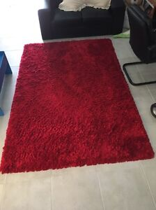 Red rug Highland Park Gold Coast City Preview