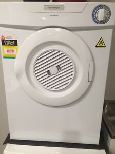 Fisher and paykel dryer 4kg for sale Carlton Melbourne City Preview