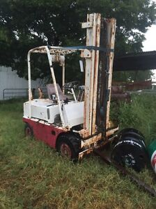 Climax forklift with high lift mast Roadvale Ipswich South Preview