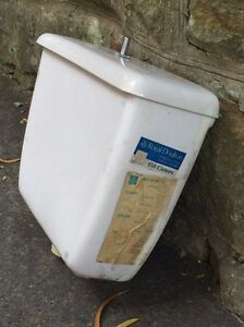 Royal Doulton 150 cistern white. Also known as Caroma Wollstonecraft North Sydney Area Preview