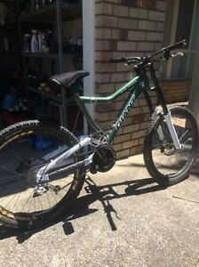 Giant DH for sale Mooloolaba Maroochydore Area Preview