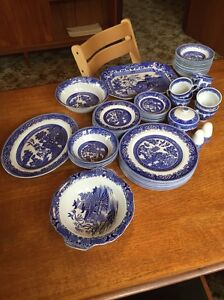 Willow ware dinner set. Antique. weddings, baby showers, high teas... West Footscray Maribyrnong Area Preview