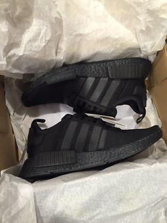 adidas Nmd triple black brand new us 6
