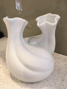 Pair of white decorative pieces! Beverley Park Kogarah Area Preview