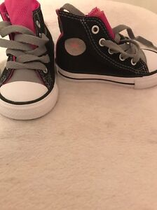 Brand new toddler girl converse high tops us5 Maryland Newcastle Area Preview