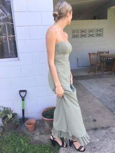 Evening dresses caboolture golf
