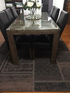 Dining table and 6 Chairs Bass Hill Bankstown Area Preview