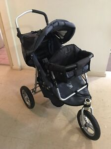 Valco baby pram Green Valley Liverpool Area Preview