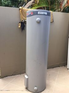 Rheem hot water cylinder / heater  160 litre Southport Gold Coast City Preview