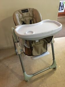 High chair Green Valley Liverpool Area Preview