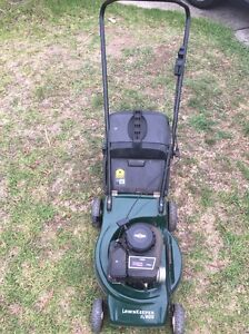 Victa Lawn Mower Briggs &Stratton Engine Revesby Bankstown Area Preview