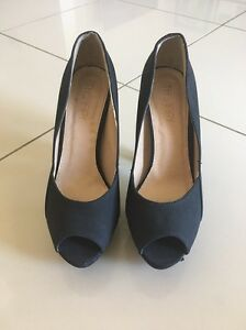 Brand new ladies size 7 heels Helensvale Gold Coast North Preview