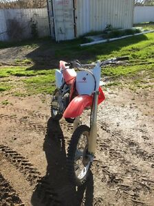 Honda CR85R motorbike Oaklands Urana Area Preview