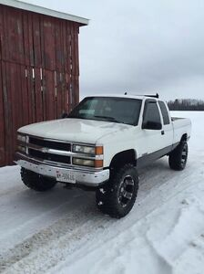 1998 silverado 140,000km on motor and trans