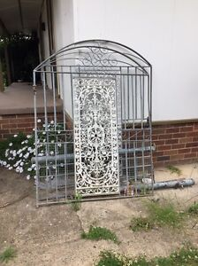 Gate only for $40 Willmot Blacktown Area Preview