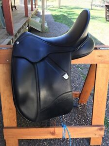 Bates Isabell Werth leather dressage saddle Green Point Gosford Area Preview