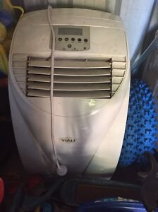 Portable Aircon with remote Macquarie Fields Campbelltown Area Preview