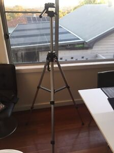 SLR camera aluminum tripod Waratah West Newcastle Area Preview