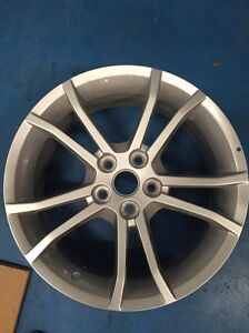 HOLDEN COMMODORE HSVI 18INCH VF VE VZ VY VT ALLOY WHEEL NEEDS REPAIR Maudsland Gold Coast West Preview