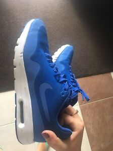 Nike air max sneakers Molendinar Gold Coast City Preview