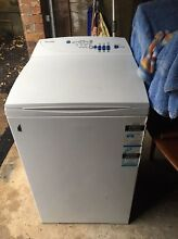 Fisher and paykel 5.5L washing machine Narraweena Manly Area Preview