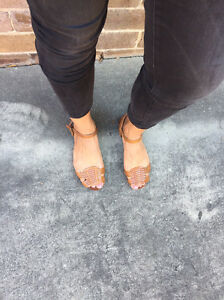 PULL&BEAR TAN LEATHER SANDALS Sz7 $15 Arncliffe Rockdale Area Preview