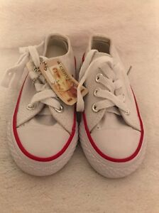 Brand new toddler converse shoes us 10.5 Maryland Newcastle Area Preview