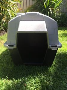 Durable plastic dog kennel- large Enfield Port Adelaide Area Preview
