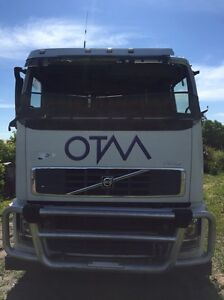 Wrecking parts Volvo FH 16 prime mover tipper Hoppers Crossing Wyndham Area Preview