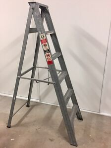 SOLID ALUMINUM STEP LADDER 1.8M Shell Cove Shellharbour Area Preview
