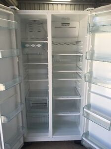Westinghouse fridge & freezer LIKE NEW Muswellbrook Muswellbrook Area Preview