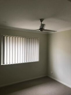 Bed room for rent