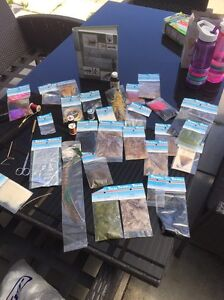 Fly tying kit, with fly tying bible book Bellerive Clarence Area Preview