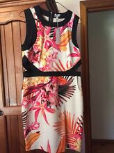 Tokito Dress never been worn - Size 14 Balgownie Wollongong Area Preview