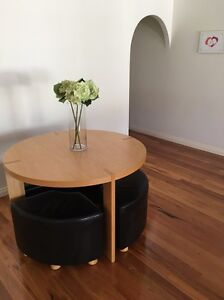 Freedom dining table. Mullaloo Joondalup Area Preview