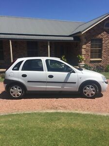2001 Holden Barina Hatchback Fullerton Cove Port Stephens Area Preview