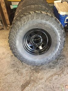 "33"" maxxis bighorns Salt Ash Port Stephens Area Preview"
