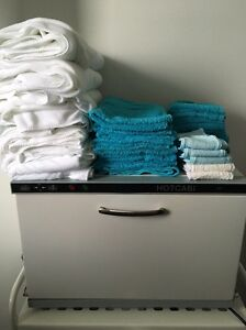 Hot cabinet + towels Meadowbank Ryde Area Preview