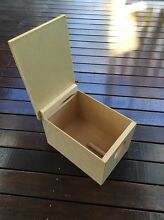 Bird nest box with swing lid Peakhurst Hurstville Area Preview