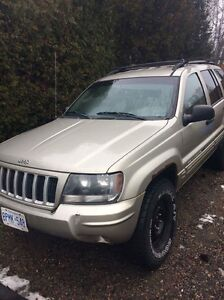 Selling 2004 Jeep Grand Cherokee!