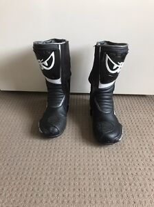 Berik 2.0 GPX LEATHER BOOTS size 44 Newmarket Brisbane North West Preview