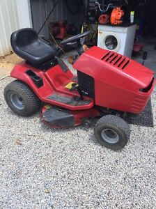 Ride on mower Forestdale Logan Area Preview