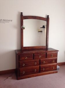 Dressing table Greenwith Tea Tree Gully Area Preview