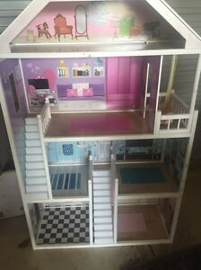 Dolls house Mawson Lakes Salisbury Area Preview
