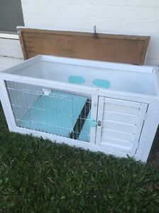 Guinea pig / small animal hutch.. Augustine Heights Ipswich City Preview