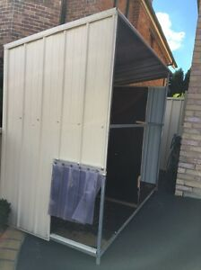 Dog kennel large Abbotsbury Fairfield Area Preview