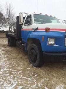 1991 F700 Flatdeck Diesel London Ontario image 1