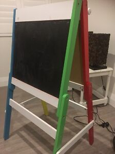 Kids art easel Wembley Downs Stirling Area Preview